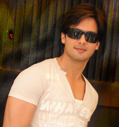 <br />free downloading pics of shahid wiki